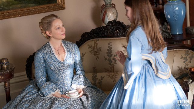 Elizabeth Haverford chats with her adopted daughter, Annie Reilly.