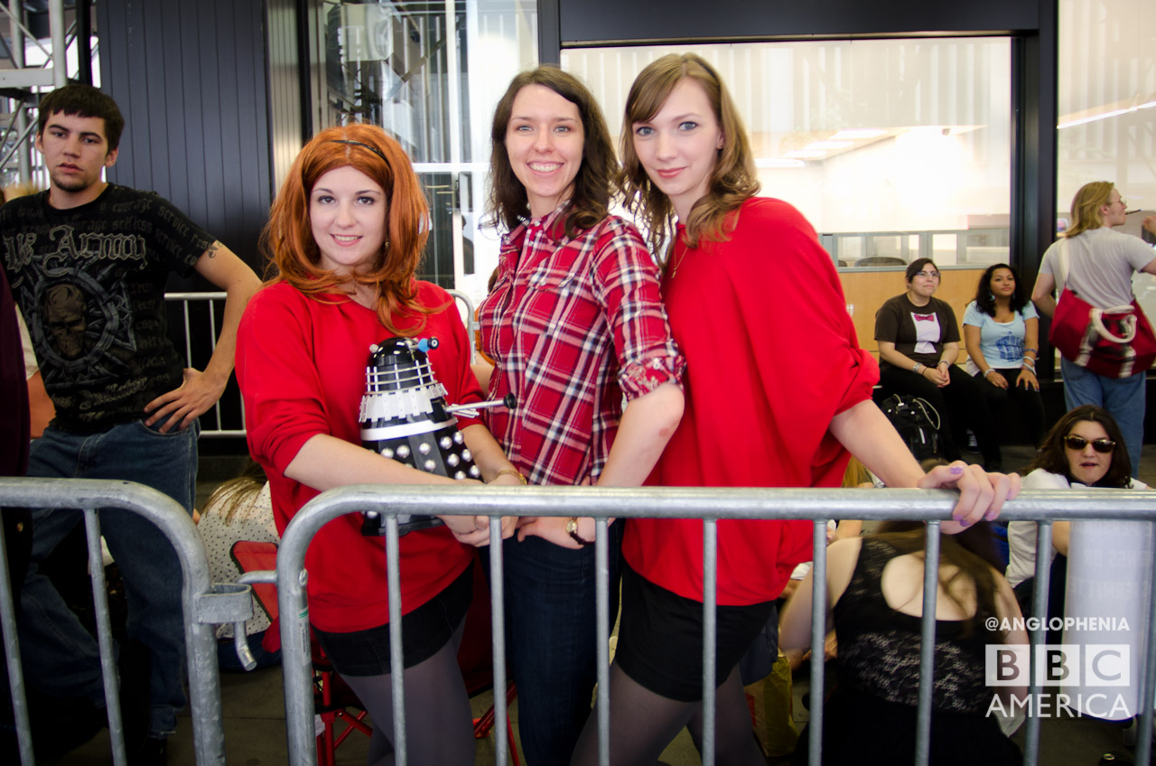 These gals pay tribute to Amy Pond. (Photo: Dave Gustav Anderson)