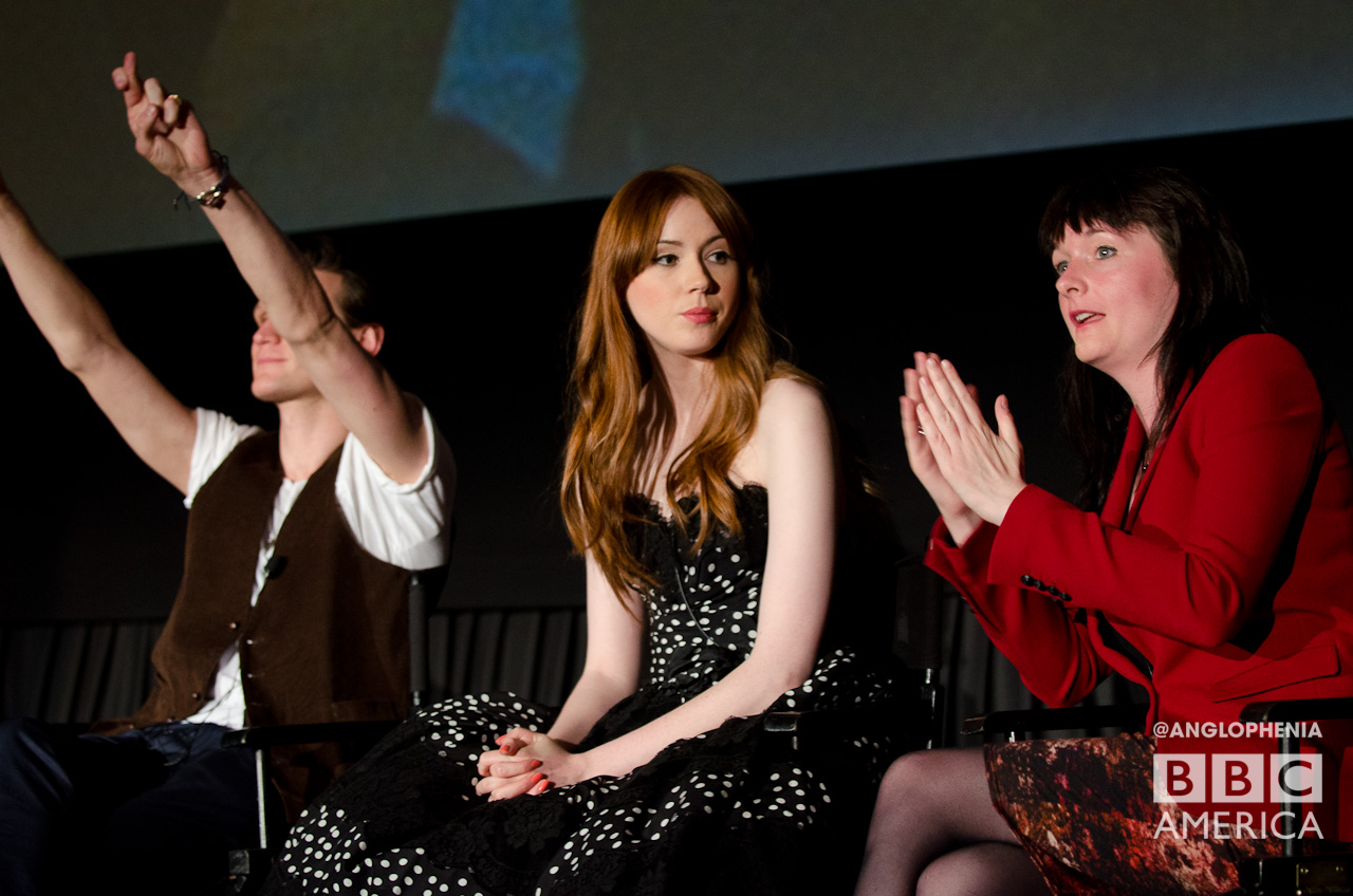 Matt Smith gives it up to the audience while Karen Gillan listens to Caroline Skinner. (Photo: Dave Gustav Anderson)