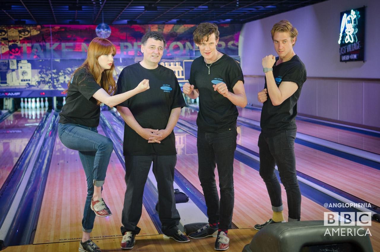 Chris Hardwick's All Star Celebrity Bowling season 2 episode 1