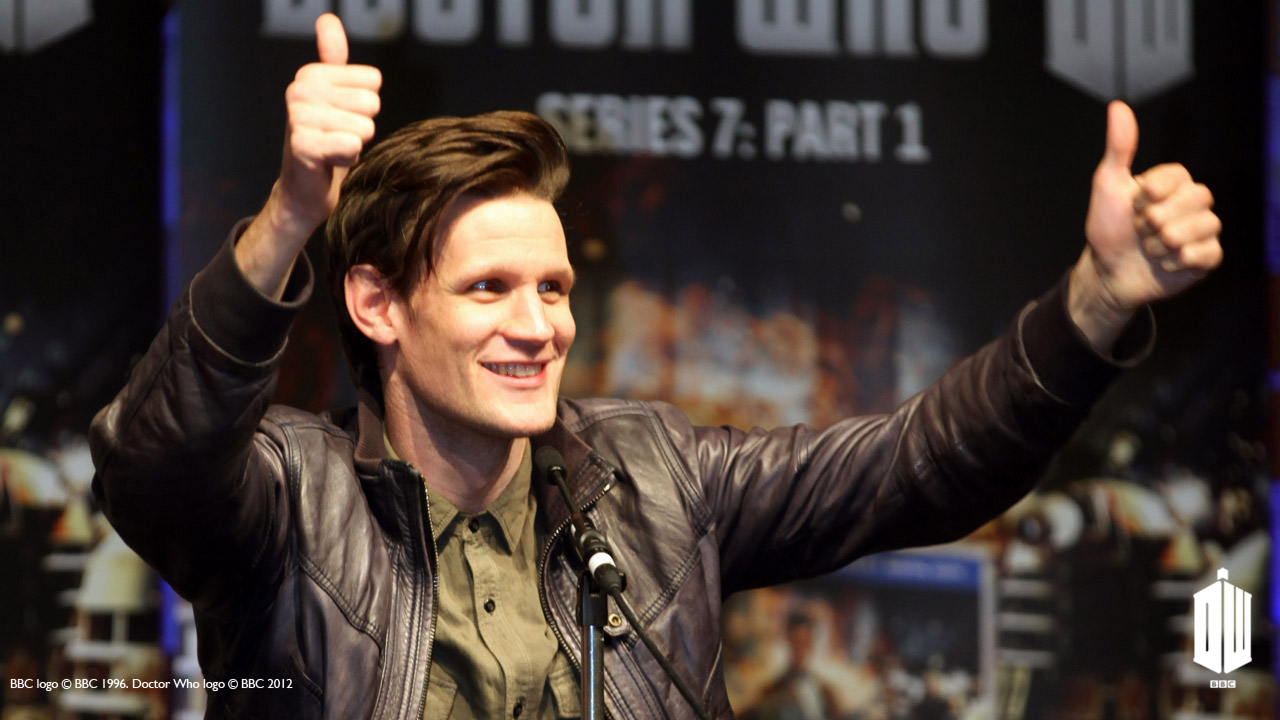 Matt gives a big thumbs up at the 'Doctor Who' panel.