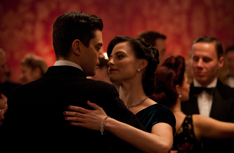 Dominic Cooper and Lara Pulver in BBC AMERICA's 'Fleming: The Man Who Would Be Bond' (Photo: Ecosse/Sky Atlantic/BBC Worldwide)