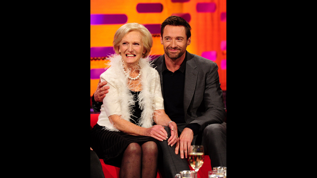 Aussie Hugh Jackman and Baking expert Mary Berry enjoy each other's company.