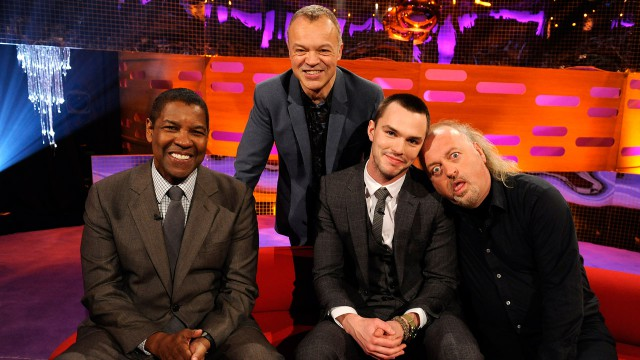 Denzel Washington, Nicholas Hoult, and Bill Bailey sit down for a chat with Graham this week.