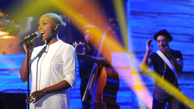 Singer Laura Mvula brings her own brand of soul to 'The Graham Norton Show.'