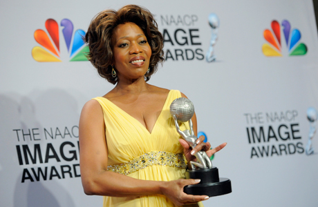 Alfre Woodard in the press room after accepting a NAACP Image Award in February. (Photo: Chris Pizzello/Invision/AP)