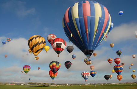The International Balloon Fiesta in Albuquerque, NM (PRNewsFoto/Albuquerque Convention and Visitors Bureau)