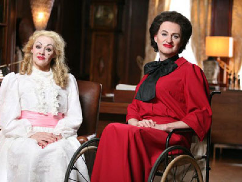 Frances Barber and Mark Gatiss in Psychobitches