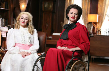 Frances Barber and Mark Gatiss in 'Psychobitches'