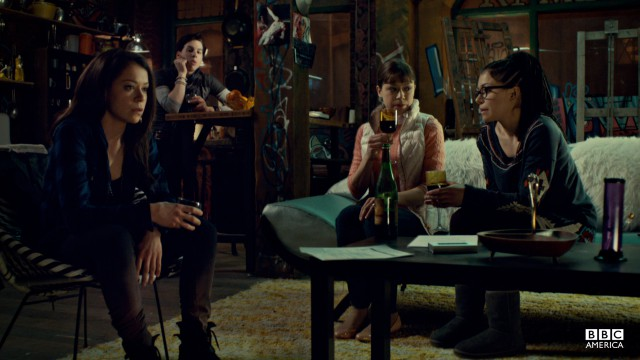 Sarah, Alison, and Cosima discuss the terms of Leekie's contract.