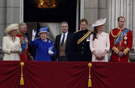 Queen Elizabeth II surrounded by members of her family on the balcony of Buckingham Palace. (AP)