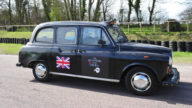 London Black Cab at Lydden Hill Race track