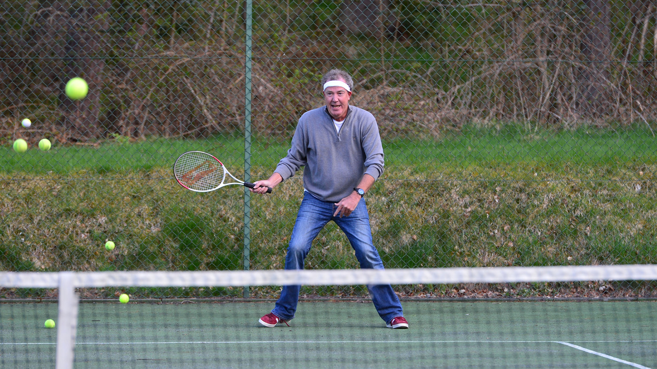 Jeremy Clarkson playing tennis
