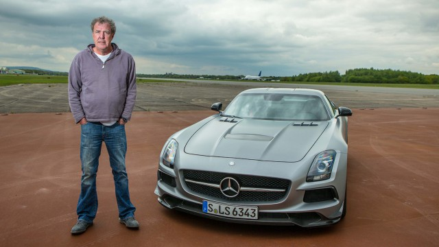 Jeremy Clarkson with the Mercedes SLS Black on the Top Gear Test Track