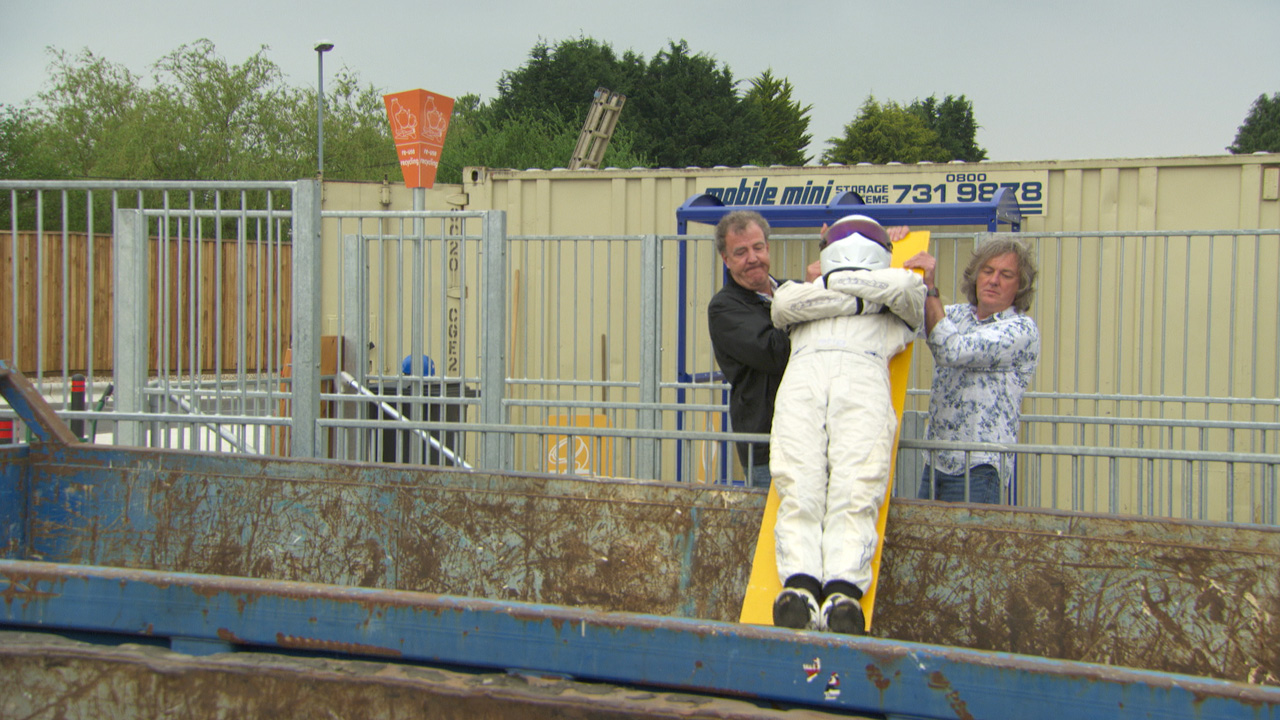 Jeremy Clarkson and James May dump the Stig at the tip