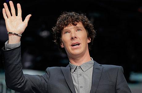 Busy Benedict greets Star Trek Into Darkness fans in Tokyo, last week. (AP Photo/Itsuo Inouye)