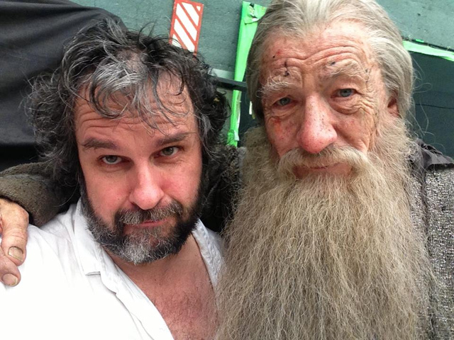 Sir Ian McKellen filmed his last scene as Gandalf/ He and Peter Jackson say a fond farewell.