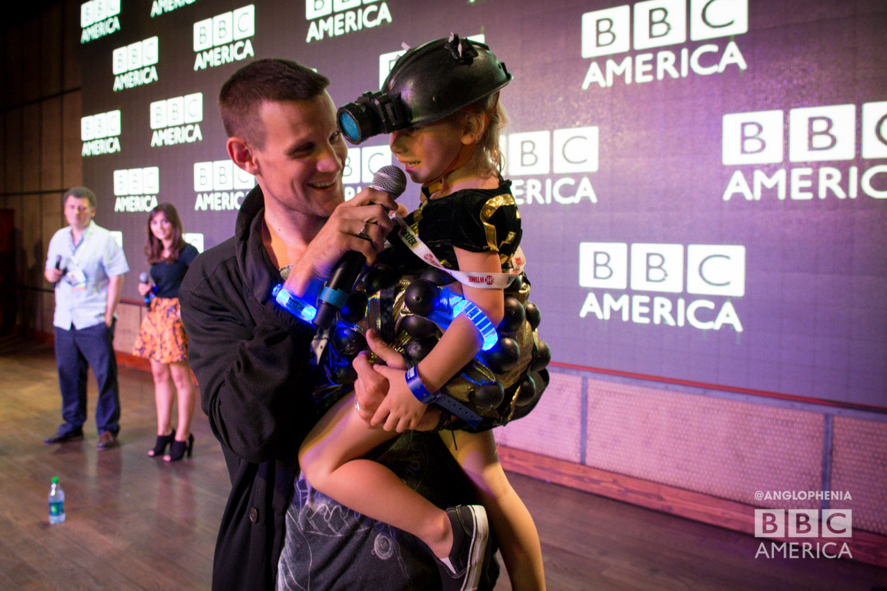 Matt Smith chats with a baby Dalek at the 'Doctor Who' meetup. (Photo: Dave Gustav Anderson)