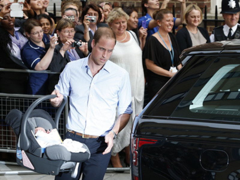 Prince George Alekander Louis of Cambridge, Prince William