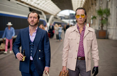 Jude Law and Richard E Grant in 'Don Hemingway'