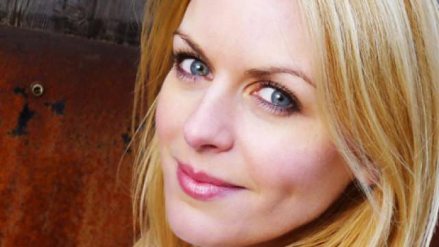 Alana Kerr, FEATURE