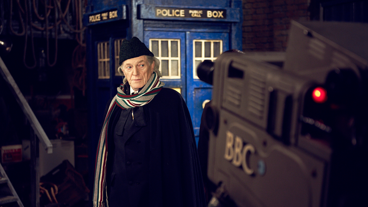 David Bradley as William Hartnell, on set.