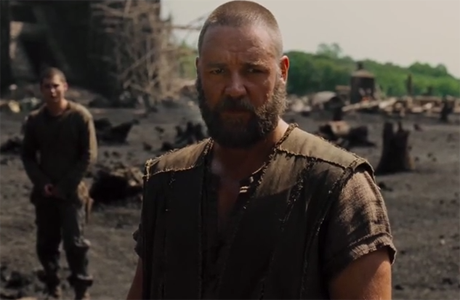 Noah (Russell Crowe) goes to war to protect his family.