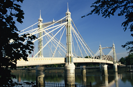 Royal Albert Bridge, Chelsea, London, England. (AP/Ken Gillham/Robert Harding)