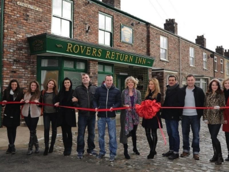 The cast of 'Coronation Street' unveil the show's new set (Photo: WENN)