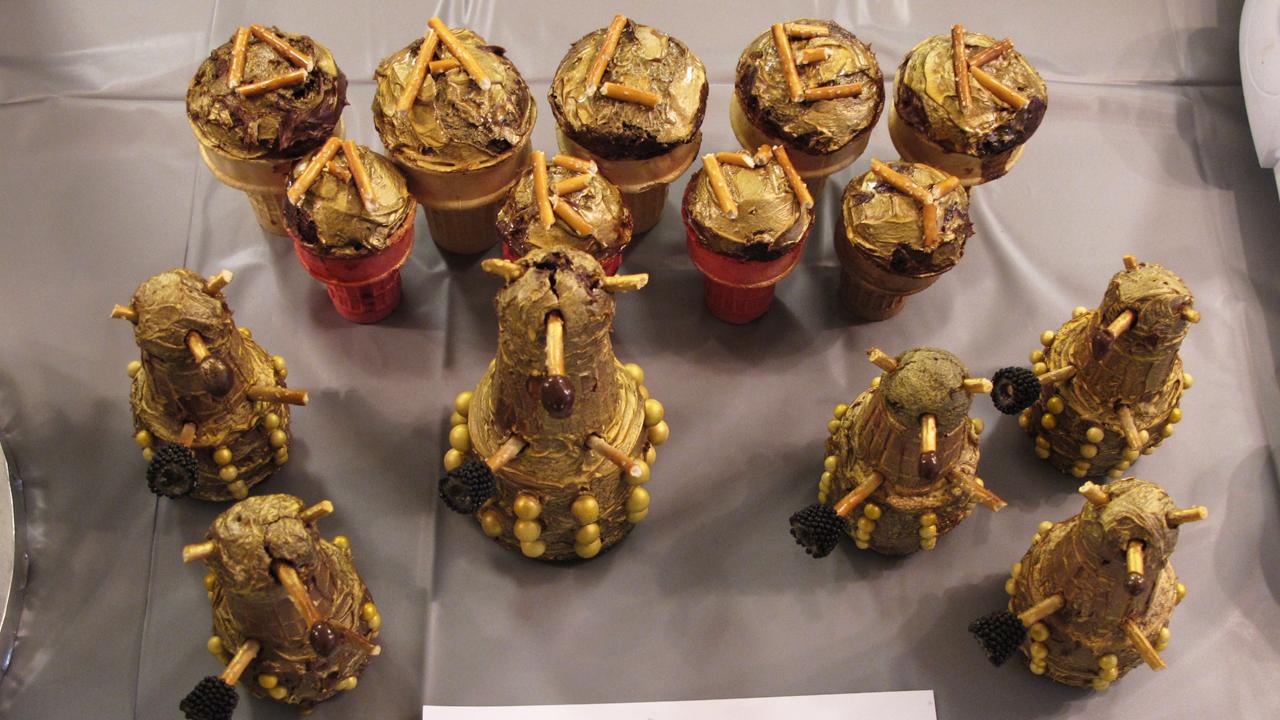 Dalek cupcake army