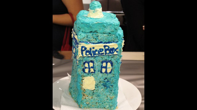 Rice Krispie treat TARDIS