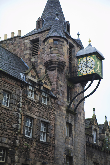 Canongate Tolbooth, Royal Mile, The Old Town, Edinburgh, Scotlan (Amanda Hall/Robert Harding /AP )