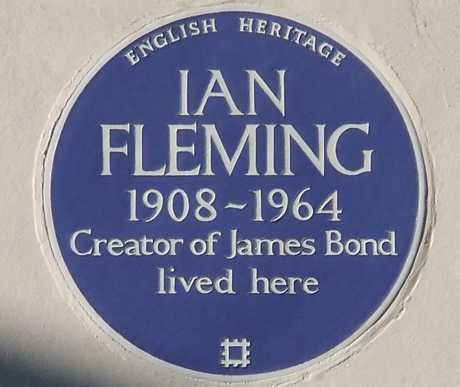 Ian Fleming, Plaque, 22 Ebury Street, WIKI