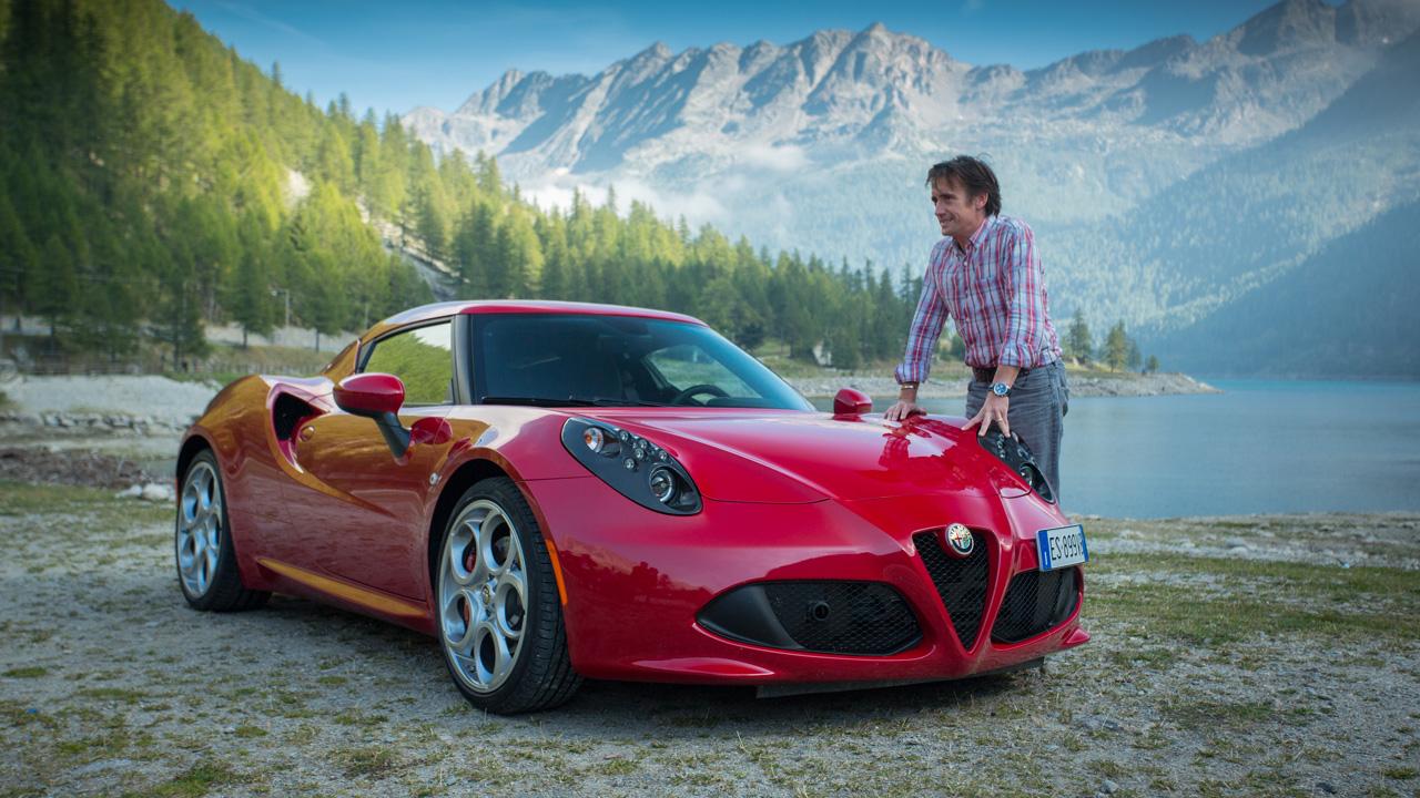 Richard Hammond with the Alfa Romeo 4C by Lake Como