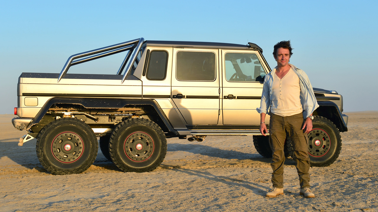 Richard Hammond with the Mercedes Benz G63 6x6 in the empty quarter in Abu Dhabi