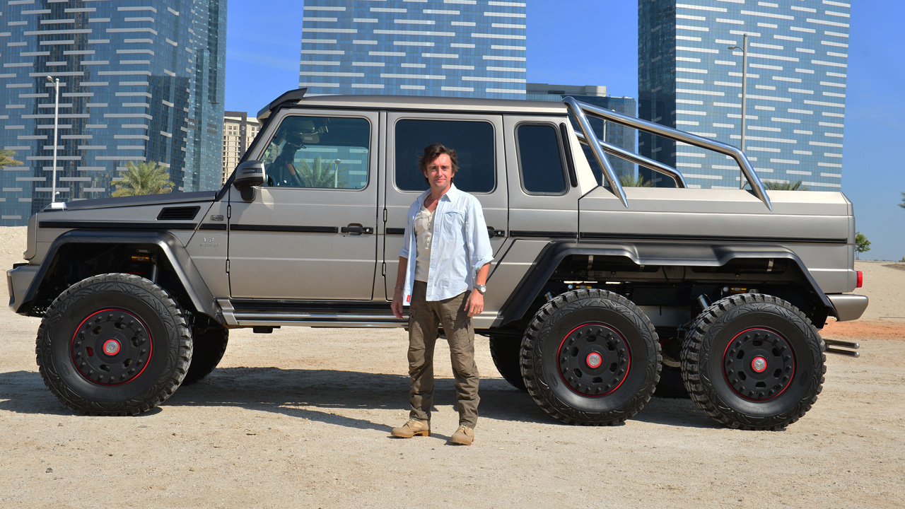 Richard Hammond with the Mercedes Benz G63 6x6 in Abu Dhabi