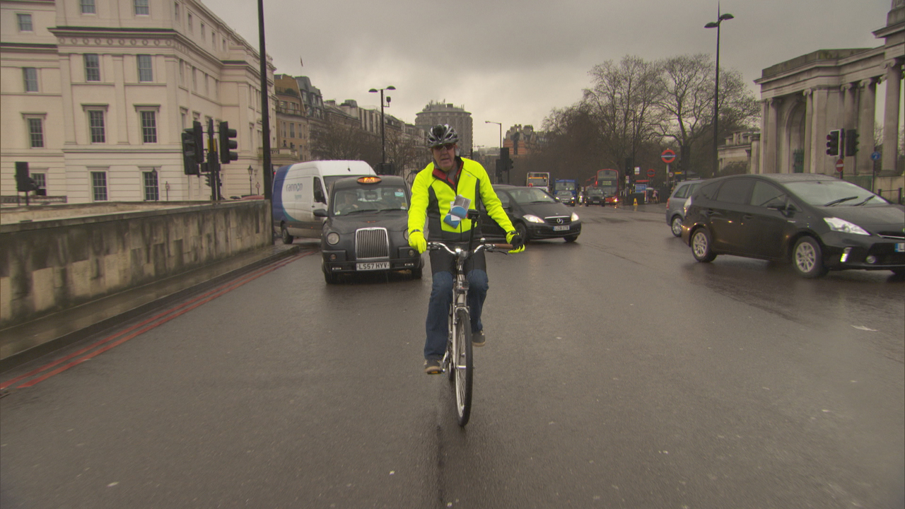 Jeremy Clarkson on a bike in central London