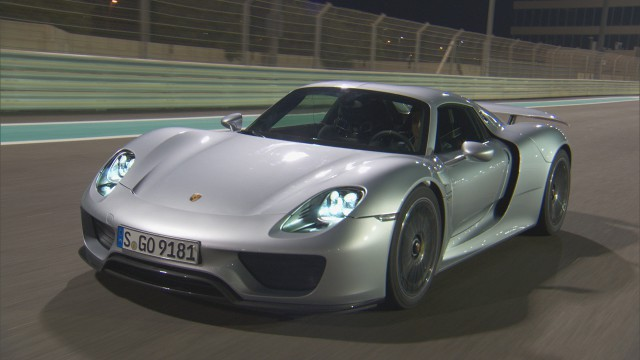 Richard Hammond driving the Porsche 918 at Yas Marina Grand Prix circuit in Abu Dhabi
