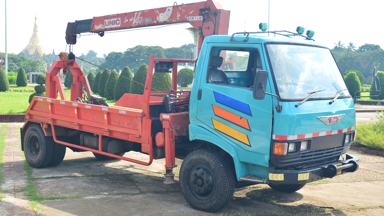 James May's Hino FD166B lorry in Yangon, Burma