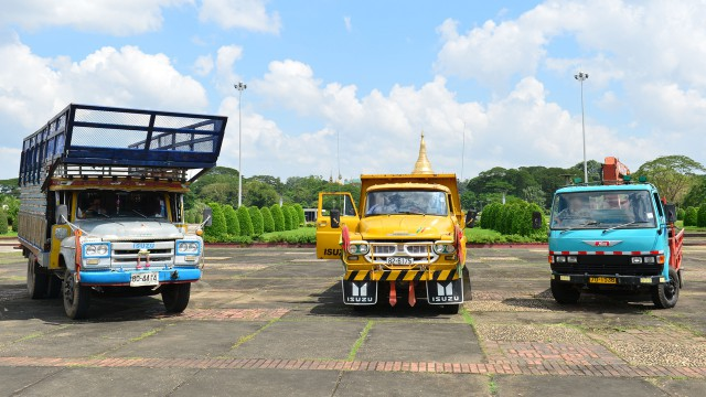 Richard Hammond, Jeremy Clarkson and James May's lorries in Yangon, Burma
