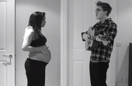 McFlys Tom Fletcher And Wife Make Time Lapse Of Pregnancy