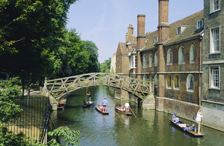 Mathematical Bridge and Punts, Queens College, Photo by: Nigel Francis/Robert Harding /AP ImagesCambridge, Englan ...