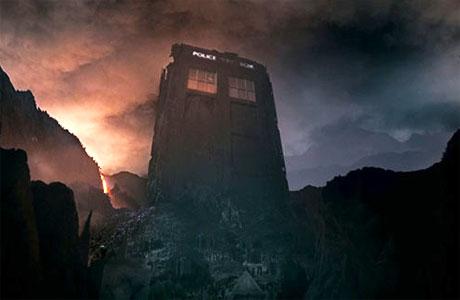 The broken TARDIS on Trenzalore (Pic: BBC)