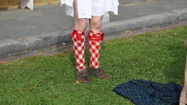 Those are some smashing socks, Georgie.