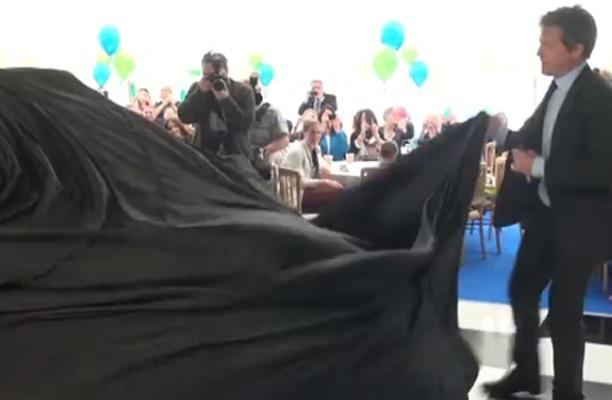 """Whut is underneath that black sheet?"" (YouTube)"