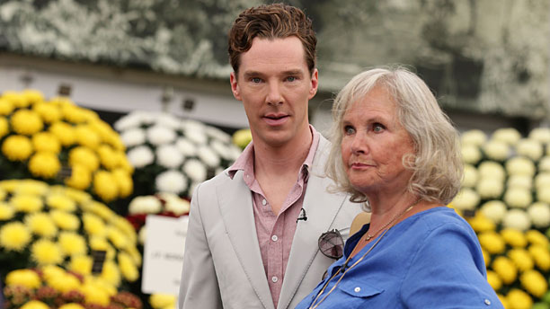 Benedict Cumberbatch and Wanda Ventham at the Chelsea Flower Show (Pic: Yui Mok/PA Wire via AP Images)
