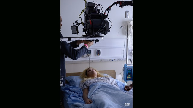 Tatiana Maslany filming Helena's hospital awakening in episode 202.