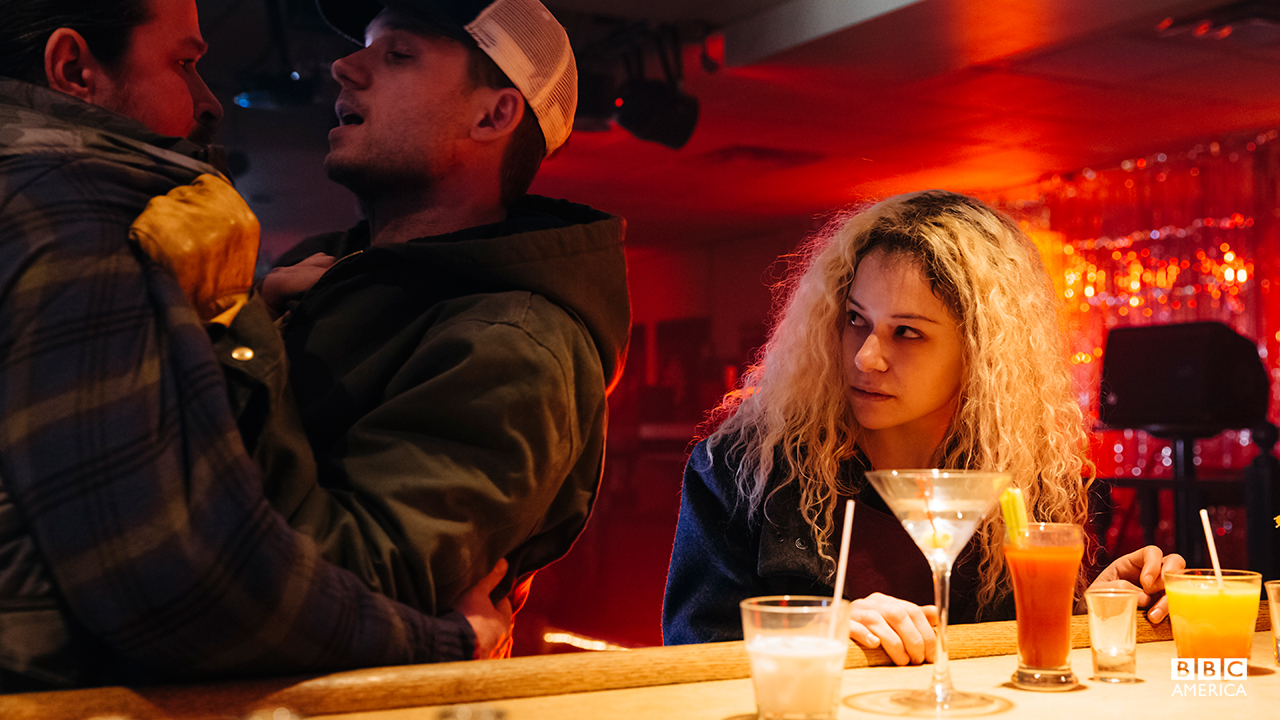 Helena doesn't play nice with other bar patrons.