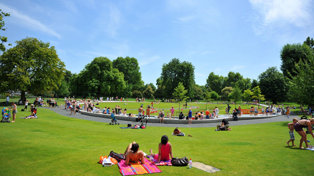 Summer weather June 27th. People enjoy the hot weather as they relax by the Diana Memorial Fountain in Hyde Park, London, as today was set to become the hottest day of the year so far, with temperatures almost matching those in the Caribbean. Picture date: Monday June 27, 2011. Central and north London and the Home Counties were expected to bask in the highest temperatures in Britain, which are forecast to be only 1C (2F) less than the 32C (90F) forecast for the Jamaican capital of Kingston. See PA story WEATHER Heatwave. Photo credit should read: Clive Gee/PA Wire URN:11063603