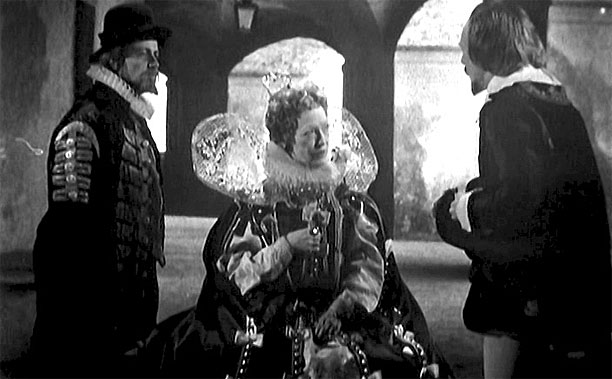 "Sir Francis Bacon, Queen Elizabeth I and William Shakespeare in 'Doctor Who's ""The Chase"" (Pic: BBC)"